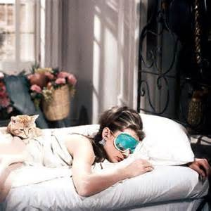 audrey hepbuen breakfast at Tiffanys